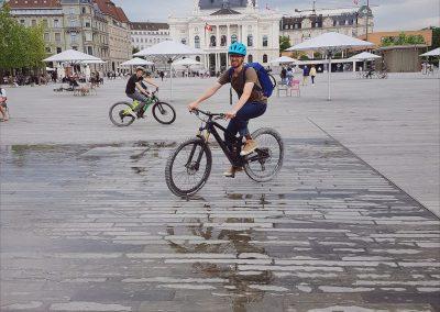 Pro Velo - Instameet Teilnehmer auf dem Sechsenlaeutenplatz von @pgart @bhcommunication @mtbswitzerland