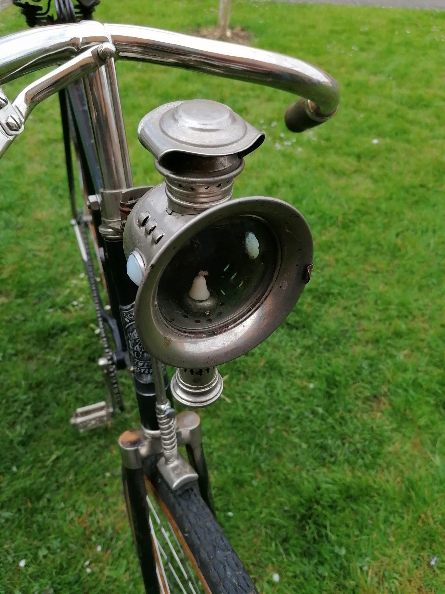 Pro Velo Zürich zeigt die schönsten Fahrräder: Hier das Velo von Roger Gfeller - mit seiner speziellen Lampe.