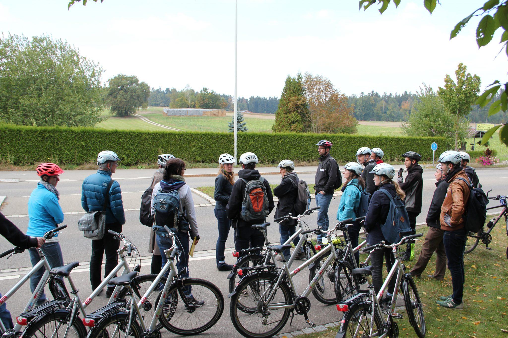 Rundfahrt Infrastruk-Tour vor der Mitgliederversammlung von Pro Velo Zürich