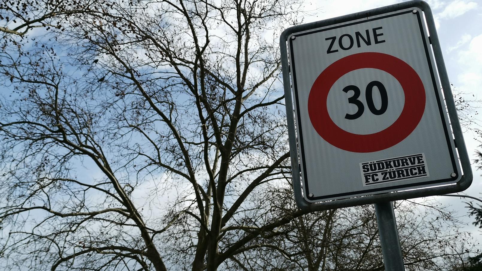 Petition für Tempo 30 am Klusplatz