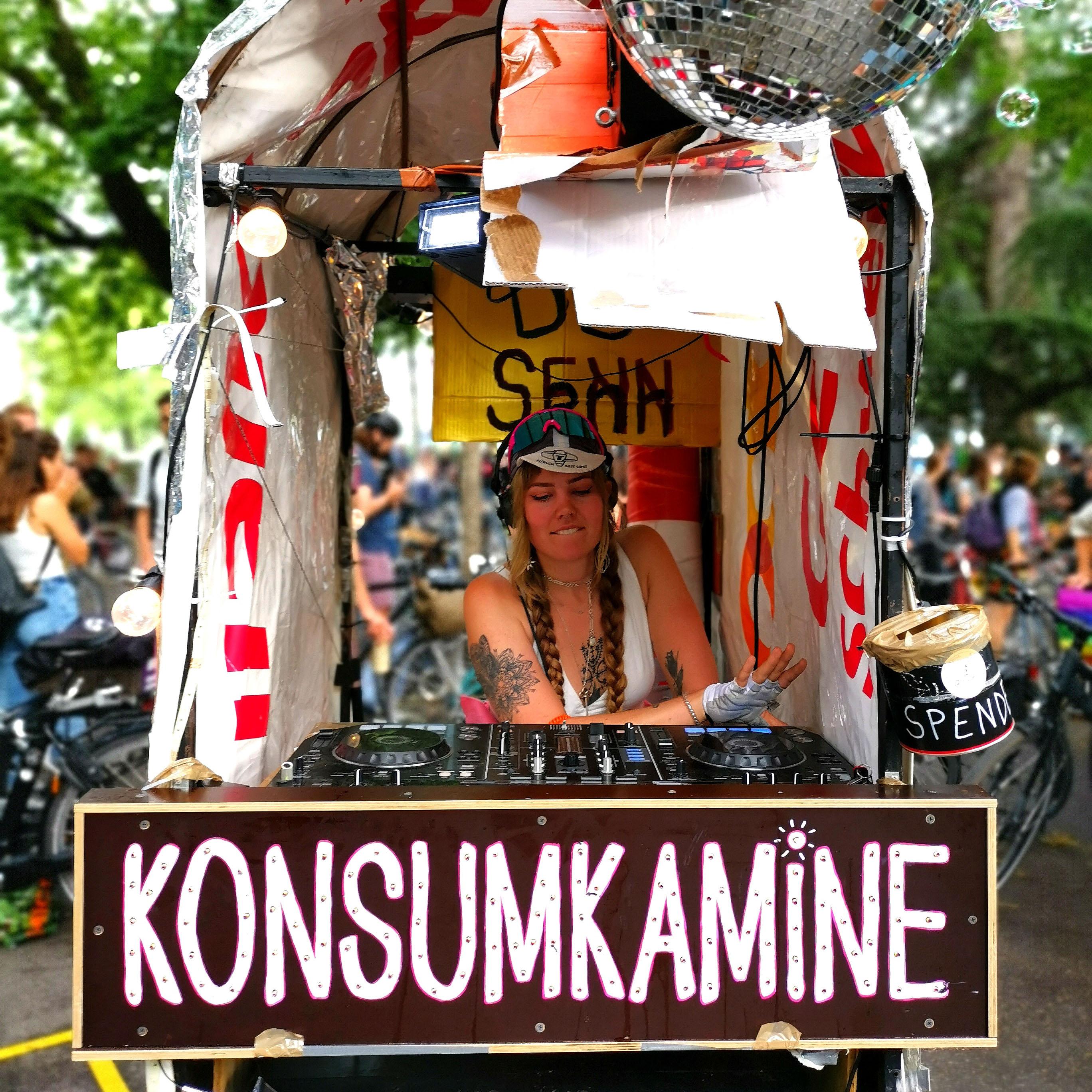 Kosumkamine an der Critical Mass